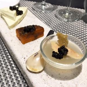 JulieZwing caviar Kaviari
