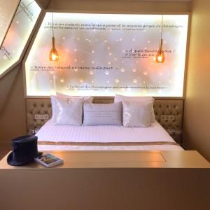 JulieZwing Hotel Les Bulles de Paris chambre